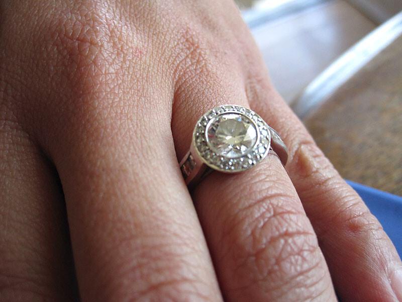 bague diamant r f rence bague diamant 3 isabel. Black Bedroom Furniture Sets. Home Design Ideas